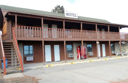 Motel Front